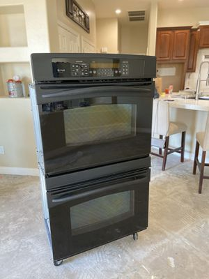 GE Profile Double Oven + Convection 2008 Like New Condition for Sale in Goodyear, AZ