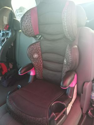Iso a booster carseat for Sale in Phoenix, AZ