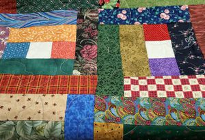 "New Beautiful Reversible Twin XL Quilt 68""/ 86"" for Sale in Everett, WA"