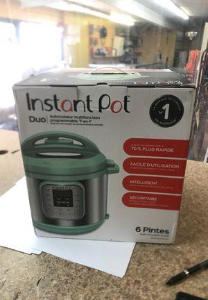 Instant pot duo 6 quart 7 in 1 programmable pressure cooker for Sale in Newport News, VA