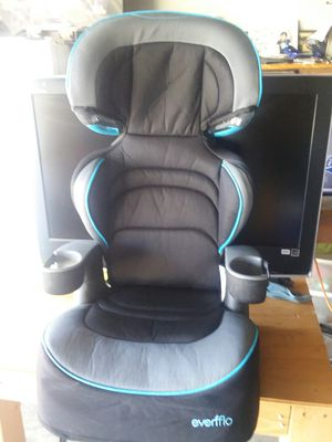Kids booster seat for Sale in Los Angeles, CA