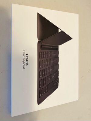 Smart KeyBoard for IPad (7th Generation) & IPad Air 3rd Gen for Sale in SeaTac, WA