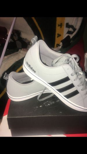 Adidas shoes size 10 for Sale in Washington, DC