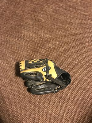 Left hand LH kids baseball glove for Sale in Virginia Beach, VA