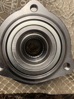 Front Wheel Hub Bearing Assembly Pair for Sale in Schaumburg,  IL
