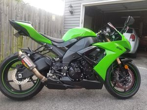 2008 ZX10R in excellent condition for Sale in Fort Wayne, IN