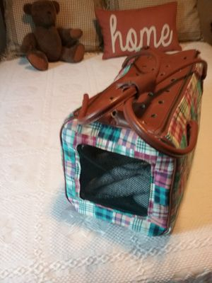 Small dog carrier local p/u west nashville for Sale in Nashville, TN