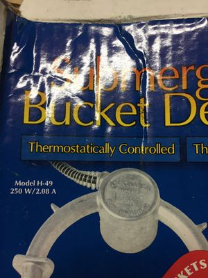 5 Gallon Bucket Deicer for Sale in Puyallup, WA