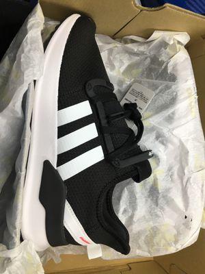 U Path Run J adidas (females)size 7 for Sale in Washington, DC