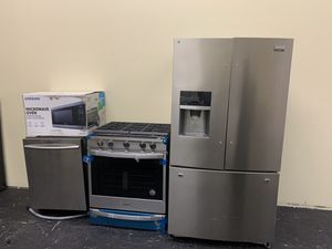 Stainless steel kitchen set for Sale in Pennsburg, PA