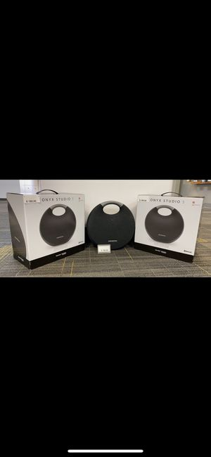 Portable Bluetooth Onyx Studio 5 Speaker 🔊 BRAND NEW for Sale in Berkeley, IL