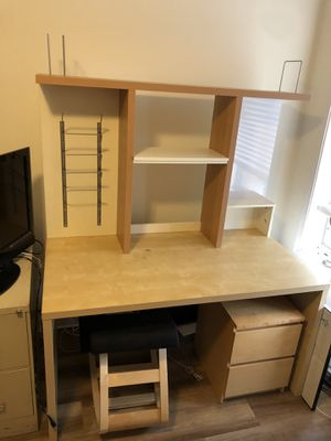 Office Desk Workspace with Organizer for Sale in Chicago, IL