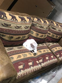WILDERNESS LODGE COUCH for Sale in Orlando,  FL