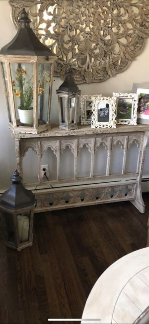 Console table for Sale in Jersey City, NJ