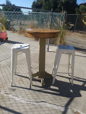 High table and 2 bar stools set for Sale in San Marcos, CA