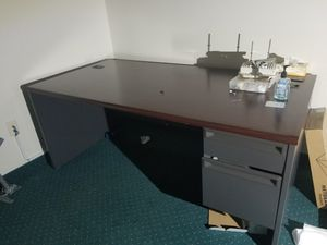 Desk for Sale in Williamsport, PA