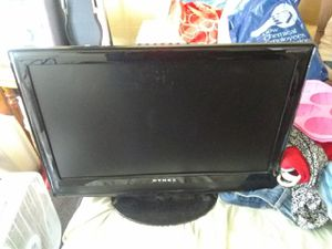 24 inch Flat screen TV with the remote for Sale in Beaverton, MI