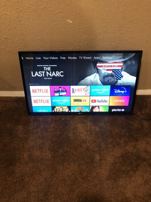 32 inch tv with remote for Sale in Orlando, FL