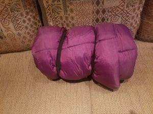 "SLEEPING BAG 33"" x 77"" like new for Sale in South El Monte, CA"