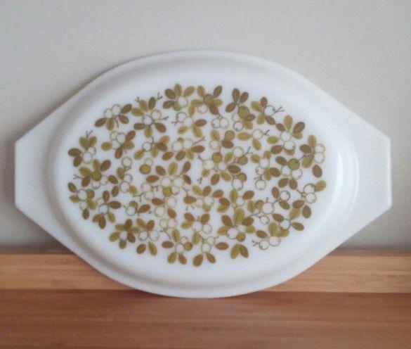 Vintage Pyrex Olive Verde 1 1/2 Quart Oval Divided Casserole With Lid