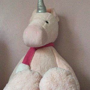 JUMBO Unicorn plushy! for Sale in West Chicago, IL