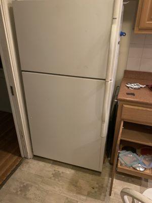 Kenmore refrigerator for Sale in Santa Fe Springs, CA