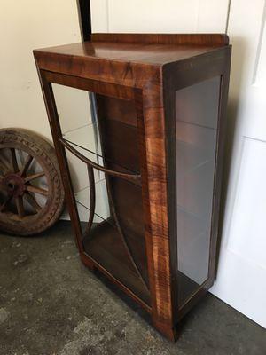 Antique Curio cabinet for Sale in Fort Lauderdale, FL