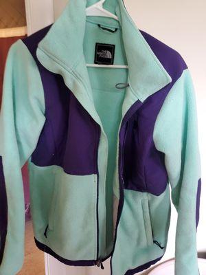 North face fleece large jacket for Sale in Garrison, MD