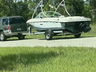 Sea Ray $18.800 OBO for Sale in Lehigh Acres,  FL