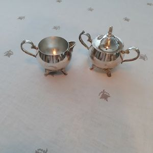 Vintage Oneida Silverplate Cream & Sugar Nicely Polished for Sale in Westminster, CA