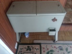 Soft drink cooler for Sale in Dunnellon, FL