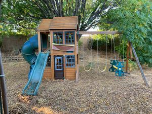 Wooden Playhouse Swing Set for Kids for Sale in Bloomington, CA