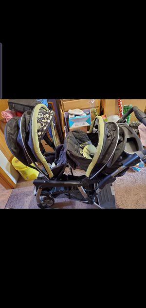 Double stroller ( graco) for Sale in Oakdale, MN