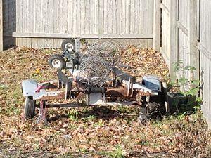 Trailer small boat or jet ski broke axle for Sale in Copiague, NY