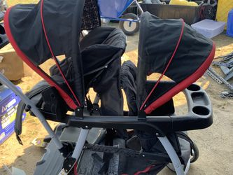 Graco Double Stroller for Sale in Fresno,  CA