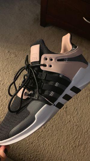 Women's Adidas size 9 for Sale in Glen Burnie, MD
