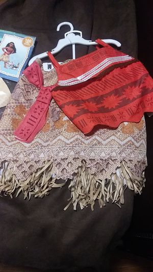 Moana costume and jointed cutout for Sale in Mesa, AZ