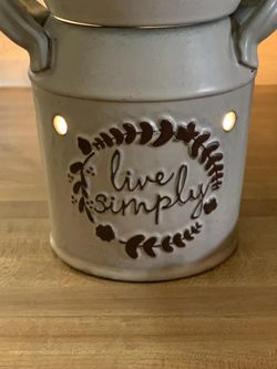 Live Simply Full Size Warmer for Sale in McFarland,  CA