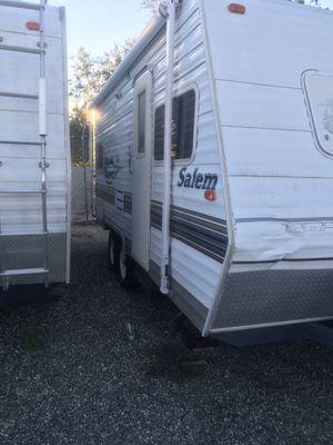 2005 Salem travel trailer for Sale in Pico Rivera, CA