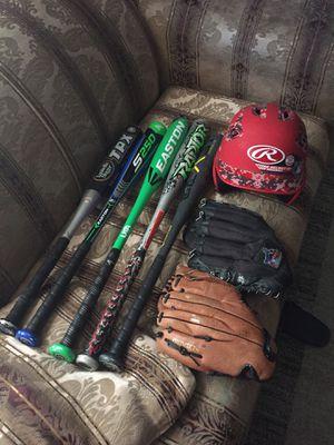 Baseball ⚾️ Bat gloves n hat for Sale in Houston, TX