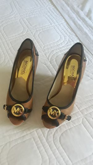 Michael shoes kors 6.5 New for Sale in Miami, FL