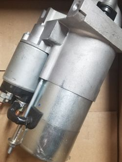 NEW 11 TOOTH 12V STARTER FITS MERCURY MARINE APPLICATION for Sale in Paterson,  NJ