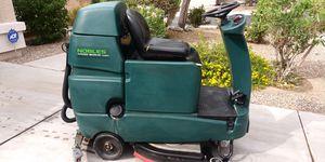 Tennant Nobles Rider. Floor SCRUBBER for Sale in El Mirage, AZ