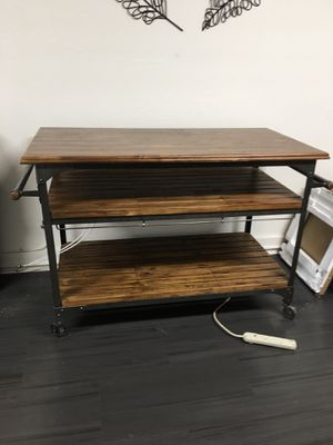 Kitchen island for Sale in Willows, CA