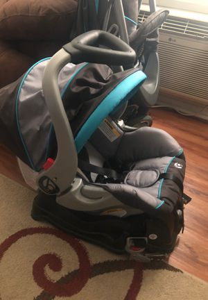 Baby Trend Travel System. (Stroller & Car Seat) for Sale in Norco, CA