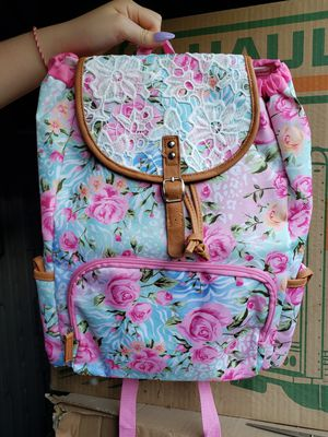 Medium size backpack for Sale in Fresno, CA