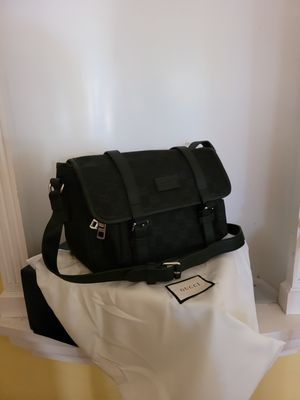 Gucci GG nylon messenger for Sale in Los Angeles, CA