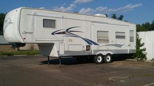 🚍🏡🚍🚍🚍🚍👌📺🏡🏡2003 Sprinter by Keystone 32ft Fifth Wheel Camper~ Nice used trailer**** for Sale in Brandywine, MD