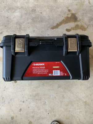 Husky 22in Tool Box almost new $15.00 OBO for Sale in Woodbridge, VA