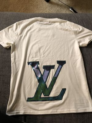 Louis Vuitton t shirt for Sale in Los Angeles, CA